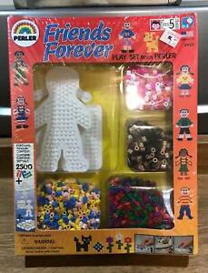 New in Vintage Pkg Perler Friends Forever Play Activity Set Pattern Cards Beads