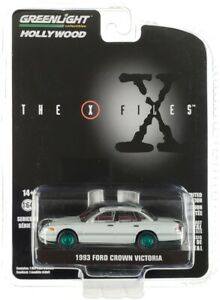Chase 1993 FORD CROWN VICTORIA AGENT CAR THE X-FILES 1/64 GREENLIGHT 44910 E