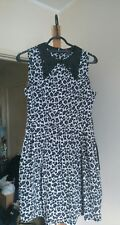 Hermoso Vestido con estampado de leopardo de Yumi con cuello Glam Rock Pin Up Rockabilly 10