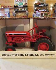 Ertl McCormick Farmall Cub Tractor 7th Version Cc007