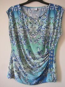 WOMENS PREOWNED WALLIS SIZE 14 SHADES OF TORQUOISE & WHITE SLEEVELESS TOP