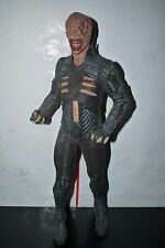 """Neca HELLRAISER CHATTERER 18"""" PVC STATUE FIGURE NOT WORKING NO CHAIN BOXED"""