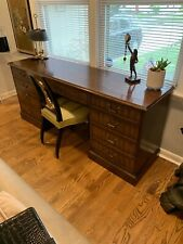 Kittinger Desk with Six Dovetailed Drawers-Excellent Condition!