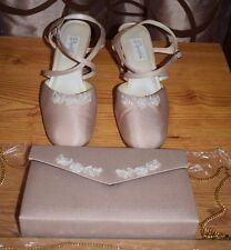 Dyeables Candy White Luxe Strappy Heels w/ Free Matching Purse Sz 8.5M VGC!