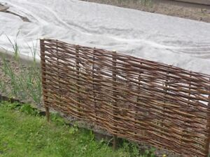 Natural Willow Border Edging 100cm x 30cm Garden Lawn Wicker Fence