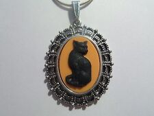 "CAMEO PENDANT HALLOWEEN BLACK CAT 20"" CHAIN"
