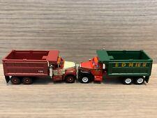 2 N Scale Athearn Mack Tandem Dump Trucks -loose- Edmier Cz Lawn & Landscape