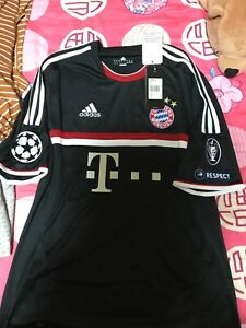 BN with tags Bayern Munich 3rd away Champions League 2011-12 jersey size L