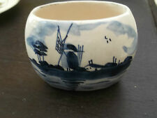 POTTERY OVAL ? TOOTHPICK HOLDER WITH A BLUE AND WHITE DELFT STYLE PATTERN