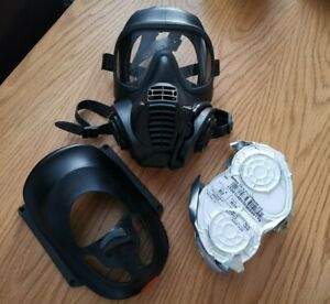 Gsr Respirator gas mask size 2 large + pair of Gsr filters