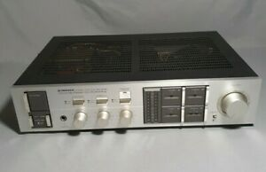 Vintage Pioneer Stereo Amplifier Dynamic Power Non-Switching Model SA-1040.