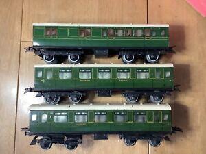 Hornby O Gauge Rake of 3 No.2 Southern Corridor Coaches 2 x Comp 1 x Brake