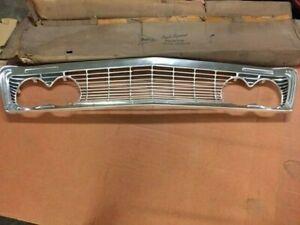 NOS 1962 880 Dodge car grill  Mfg. 2417180