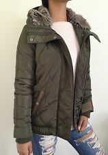 Urban Outfitters Levi's Women's Coat Faux Fur Hooded Green Size Medium NWT $180