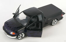 BLITZ VERSAND Ford F-150 Pick Up 1999 schwarz Welly Modell Auto 1:24 NEU OVP -LR
