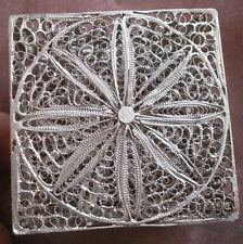 Boîte à grillons ou à bijoux en filigrane argent massif - Art d' Orient d' Asie