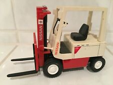 Yonezawa Nissan ( = Unicarriers)  forklift fork lift truck MADE IN JAPAN