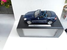 1:18 Mercedes SLK Klasse CABRIO DARK BLUE METALLIC NEW IN DEALER BOX  Maisto