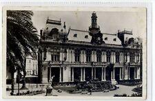 (Sb247-100)   Bone L'Hotel de Ville Et La Square De La ,c1930 ,used,Vg