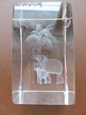 3D Laser Kristall Glas - mit zwei Elefanten unter einer Kokonuss Palme