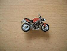 Pin Anstecker Triumph Speed Triple R Modell 2012 rot redArt. 1153 Badge Spilla