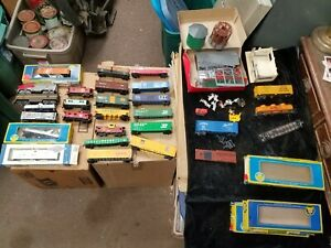 Collection of 25 Vintage HO Scale Trains Tyco AHM Athearn More