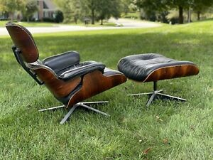 Herman Miller Eames Lounge Chair & Ottoman Rosewood Wood & Black Leather