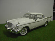STUDEBAKER GOLDEN HAWK 1957 de couleur blanc au1/18 ANSON voiture d'occasion