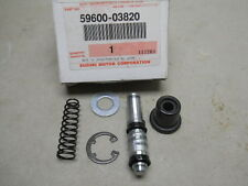 Suzuki NOS SP600, RM125, RM250, GSXR50, Piston and Cup Set, # 59600-03810   S-19