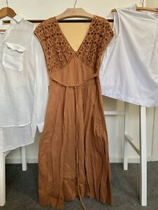 fleur wood Dress 2
