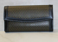 Dooney & Bourke Leather embossed Trifold Wallet (00089)