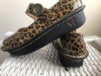 Alegria Paloma Mary Jane Shoes ,Women EUR 37 / US 7, Patent Cheetah Print