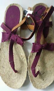 GAP Espadrilles T-Strap Sandals Burgundy Purple Pink Flats 8 Flip Flops canvas