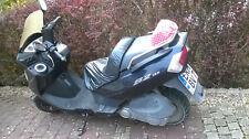 MOTORROLLER DAELIM S2 125ccm