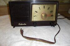 Vintage Silvertone A/M tube radio model # 3004 By Sears Roebuck & Co.