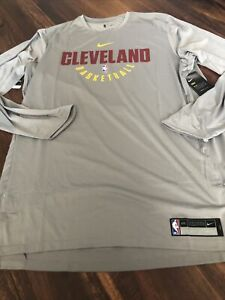New Nike Cleveland Cavaliers Mens Shooting Shirt Long Sleeve Size 2XL Gray