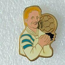 Pin's lapel pin pins Football OM Marseille J.P. Jean Pierre Papin Ballon d'Or