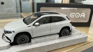 Mercedes-Benz Eqa SUV H243 AMG Line Digitalweiß 1:18 NZG Dealer