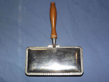 VINTAGE ANTIQUE 1800S RAIMOND SILVERPLATE WOOD HANDLE TABLE TOP CRUMB SWEEPER
