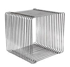 Cubo sgabello di Verner Panton Pantonova Wire Cube Per Fritz Hansen Danese Monta