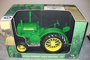 "1/8 JOHN DEERE Model ""D"" Toy Tractor NIB Scale Models"