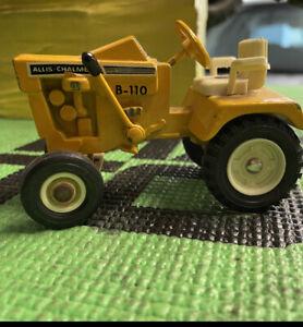 Allis Chalmers B110 vintage Garden Tractor