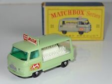 (W) matchbox lesney COMMER MILK DELIVERY TRUCK - 21