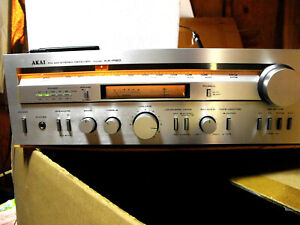 AKAI AA-R20 STEREO RECEIVER EXCELLENT WORKING CONDITION- ONE OWNER