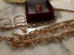Echtes Gold 18 Karat,3x Ringe,2x Ketten,1x Anhänger, Ohrringe