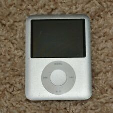 Apple iPOD 4 GB-working. comes with cord