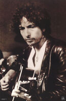 POSTER : MUSIC :  BOB DYLAN  W/GUITAR   -  FREE SHIPPING !      #9017 LC19 L