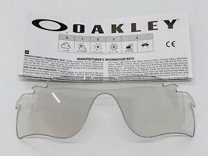 PANTALLA OAKLEY RADARLOCK PATH 9181 CLEAR TO BLACK IRIDIUM PHOTO ACTIVATED LENS