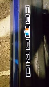 2016-2021 Camaro Hardtop Illuminated Front Door Sill Plates OEM GM NEW 84127637
