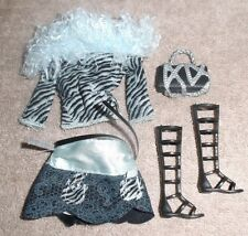 BARBIE DOLL CLOTHES - BLUE GRAY SKIRT, MATCHING PRINT TOP w/ FUR, SHOES, PURSE